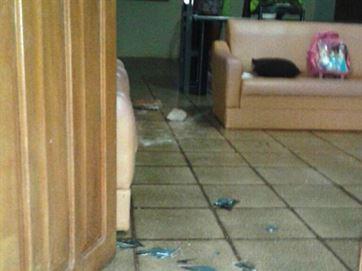Não havia ninguém na casa no momento da invasão - Foto: Reprodução/Diamante Online