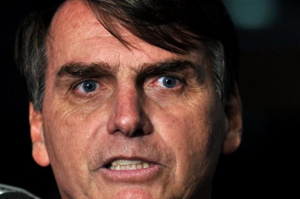 Jair Bolsonaro é repudiado em sua terra natal / Antonio Cruz/ABr