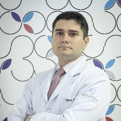 Márcio Almeida - Oncologista